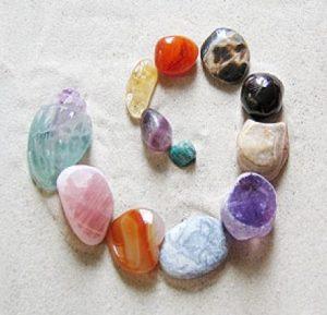 cristallogia - L'arte antica di riequilibrare con le pietre